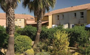 1 bedroom holiday home to sleep 6 near valras plage languedoc roussillon (VASFLH259)