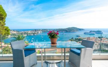 Luxurious Villa with Stunning Views of Villefranche Bay. 4 bedrooms to sleep 8 (VFSM109PV)