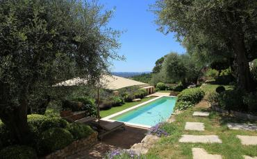 Stunning Villa in Valbonne with private heated swimming pool, 5 terraces and sea view. Sleeps 8.