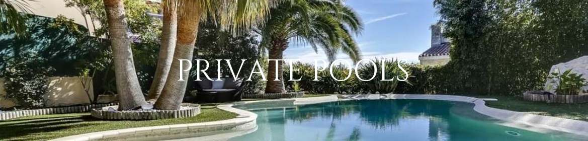 Holiday villas with private pool in the South of France